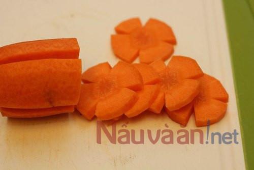 sơ chế cà rốt làm mứt