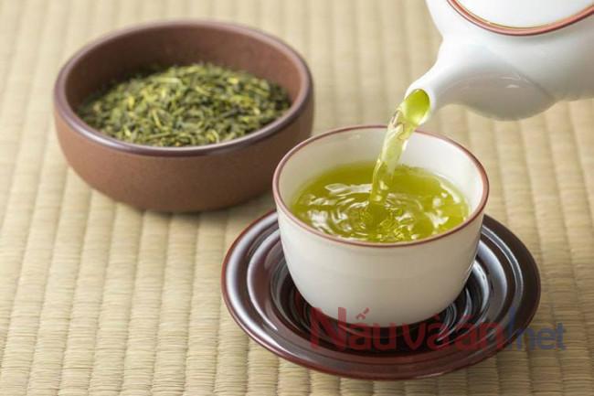 trà xanh tốt cho bữa sáng