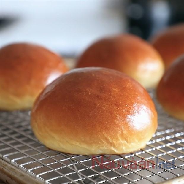 nướng bánh ở 180 độ C