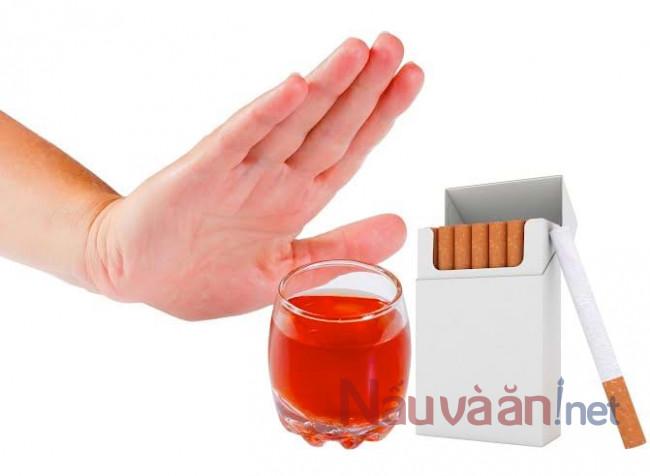 nói không với rượu bia và thuốc lá khi bạn mắc bệnh gan