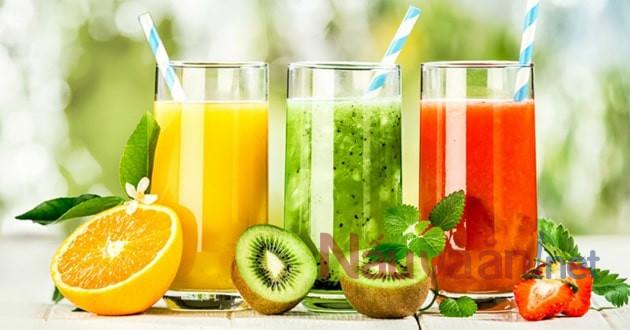 uống sinh tố để bù nước