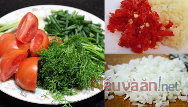 Cách làm cá chép chiên giòn sốt cà chua : nguyện liệu