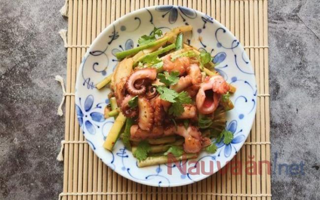 thành phẩm làm nộm bạch tuộc dưa leo chua ngọt chuẩn vị bếp Việt
