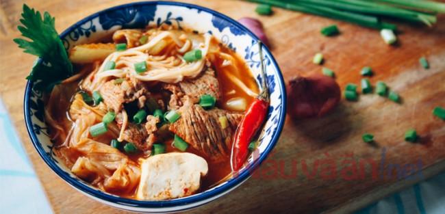 hướng dẫn nấu canh kim chi thịt bò