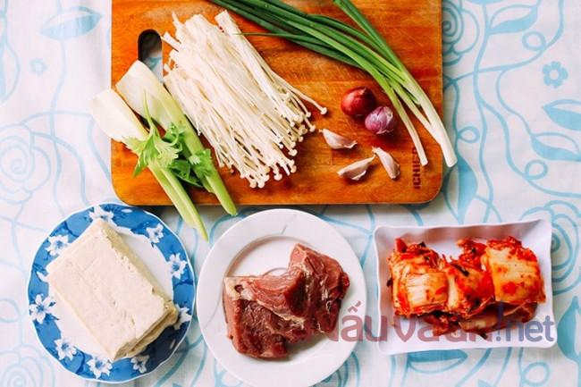 nguyên liệu nấu canh kim chi thịt bò