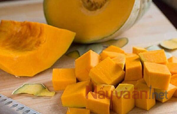 nguyên liệu nấu chè bí đỏ nước cốt dừa