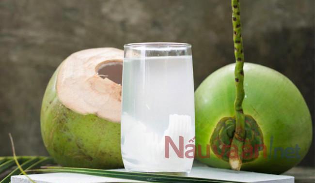 nước dừa tốt cho dạ dày