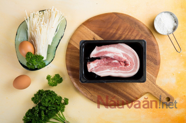 nguyên liệu nấu canh ba chỉ cuộn nấm kim châm rau củ