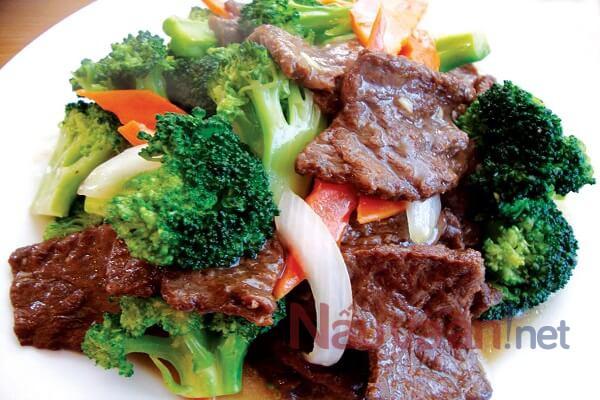 Thịt bò xào bông cải