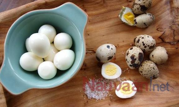 Luộc trứng cút